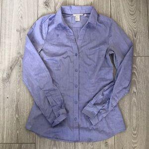 H&M lavender blue women's dress shirt w/V neck